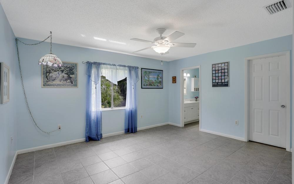 25588 Stillwell Pkwy, Bonita Springs - Home For Sale 1143693948