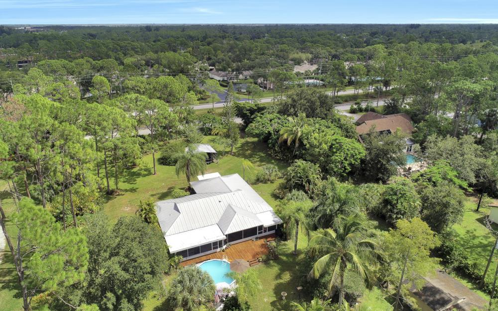 25588 Stillwell Pkwy, Bonita Springs - Home For Sale 620912084