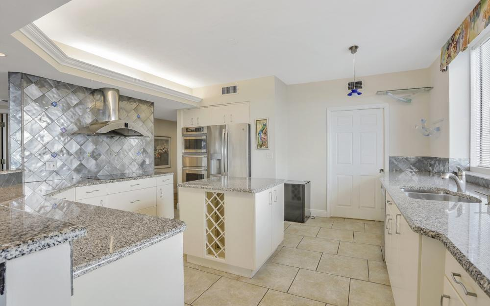 1070 S Collier Blvd #602, Marco Island - Condo For Sale 615311056