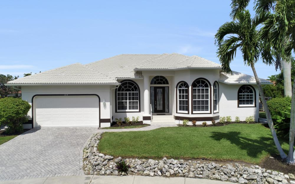 219 Sunflower Ct, Marco Island - Home For Sale 588450840