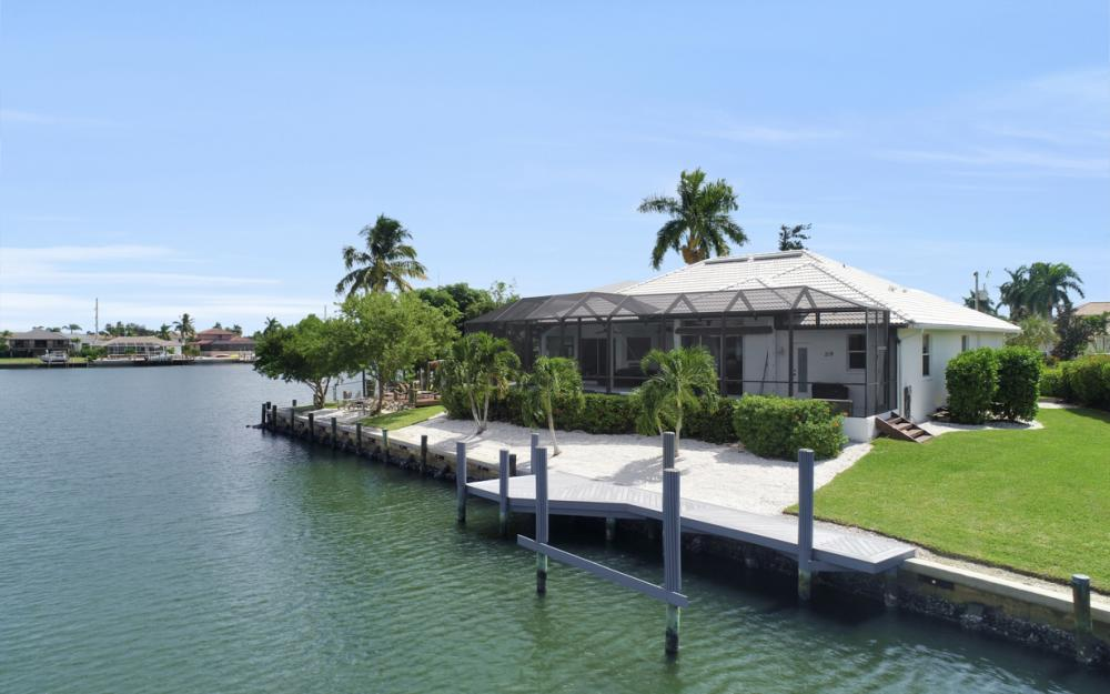 219 Sunflower Ct, Marco Island - Home For Sale 790629996