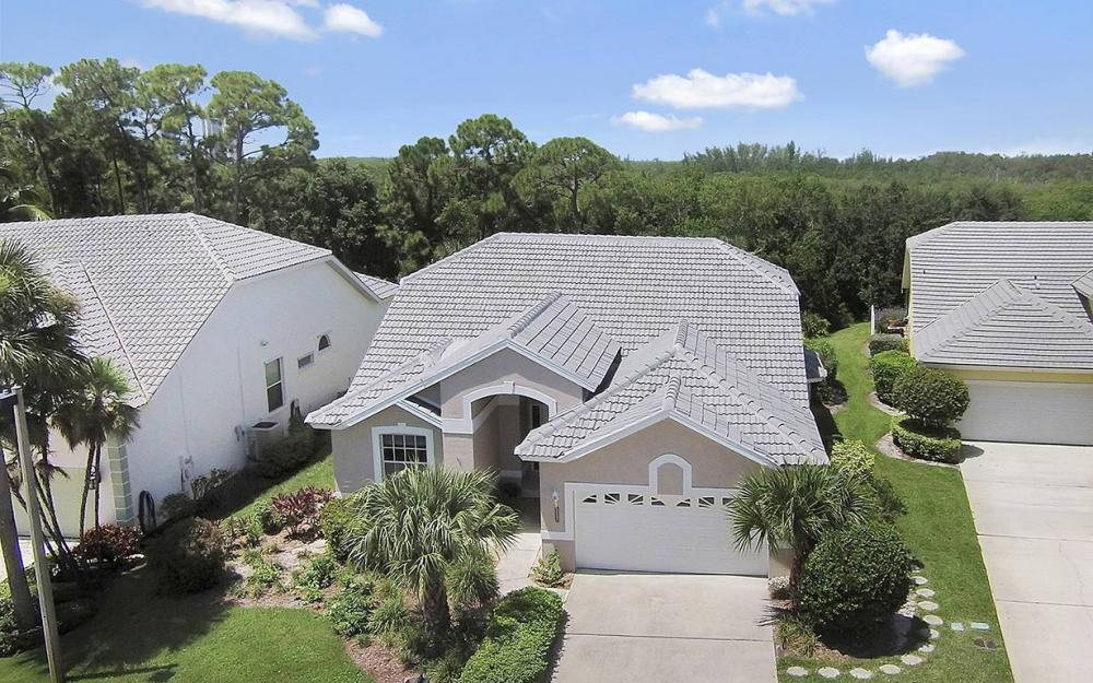 25231 Bay Cedar Dr, Bonita Springs - House For Sale 440814230