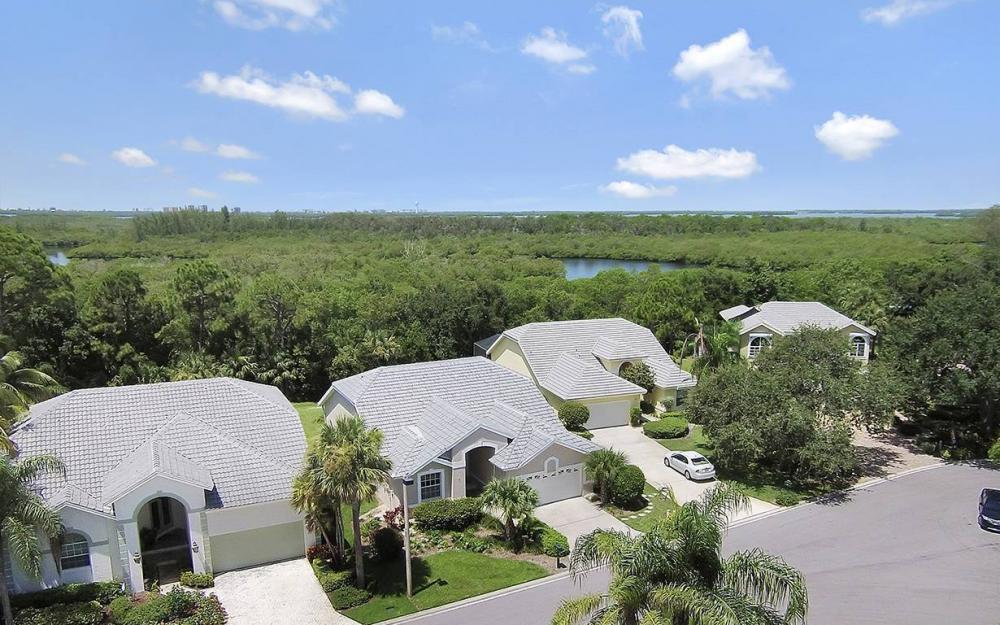25231 Bay Cedar Dr, Bonita Springs - House For Sale 1546234278