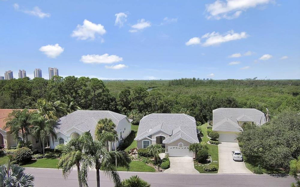 25231 Bay Cedar Dr, Bonita Springs - House For Sale 239901939