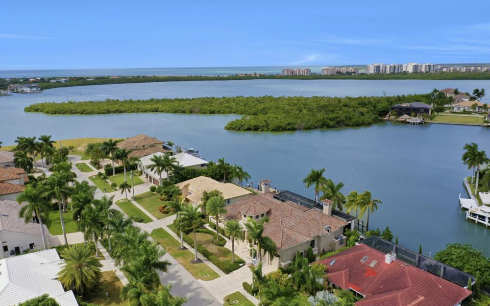 670 Rockport Ct, Marco Island - Luxury Home For Sale 707673797
