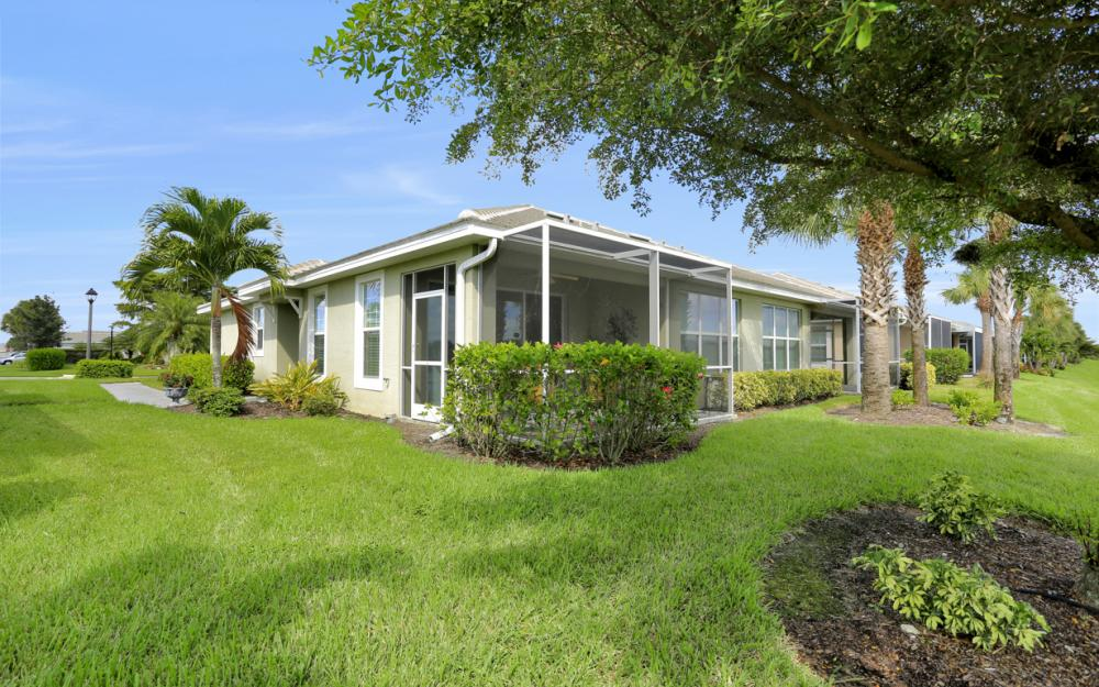 2656 Anguilla Dr, Cape Coral - Home For Sale 405997787