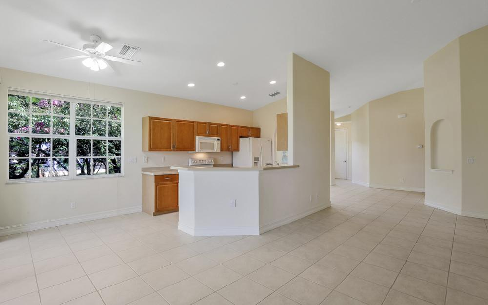 5510 Cape Harbour Dr #202, Cape Coral - Condo For Sale 791772969