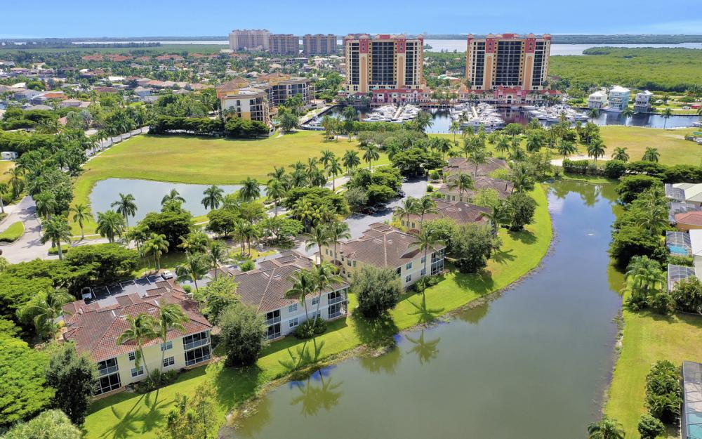 5510 Cape Harbour Dr #202, Cape Coral - Condo For Sale 1879052407