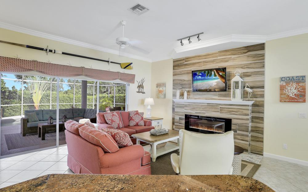 552 Century Dr, Marco Island - Home For Sale 1319466004