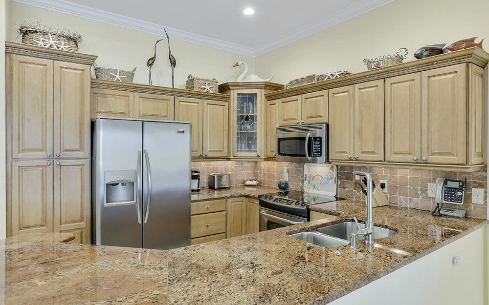 552 Century Dr, Marco Island - Home For Sale 946472564