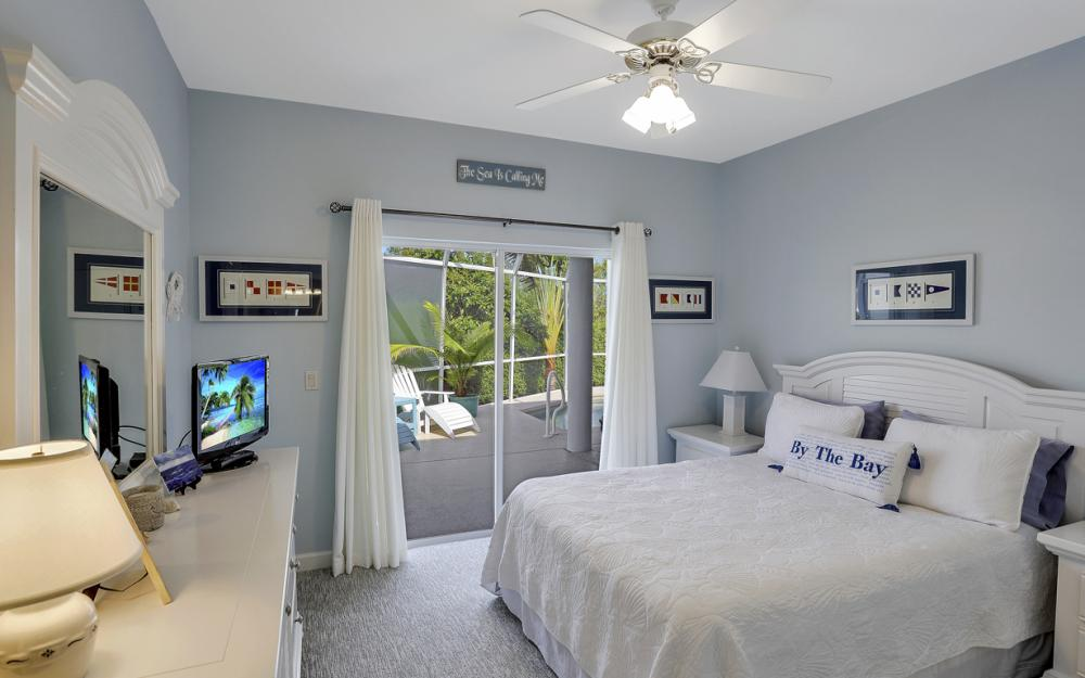 552 Century Dr, Marco Island - Home For Sale 208886757