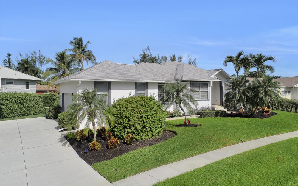 552 Century Dr, Marco Island - Home For Sale 1377359633