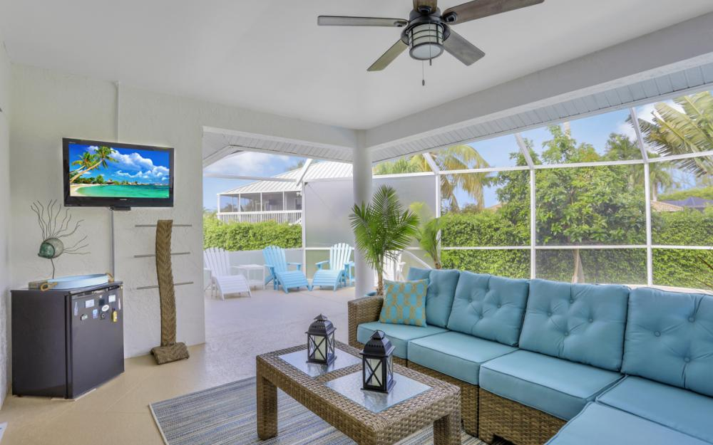 552 Century Dr, Marco Island - Home For Sale 110079497