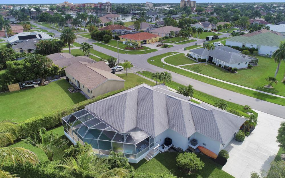 552 Century Dr, Marco Island - Home For Sale 997368134