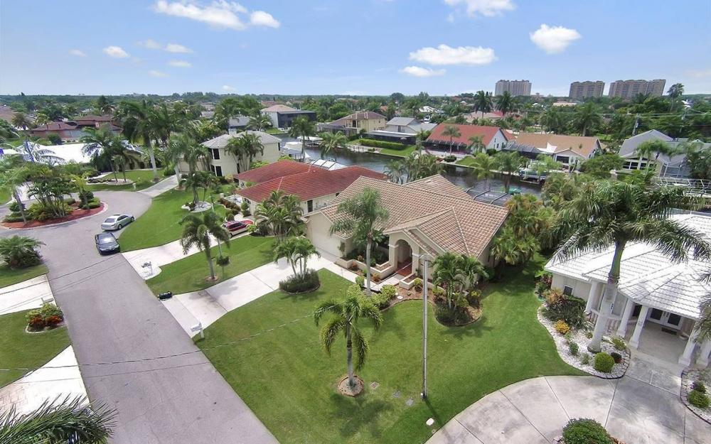 1414 SW 54th Ter, Cape Coral - House For Sale 220449483