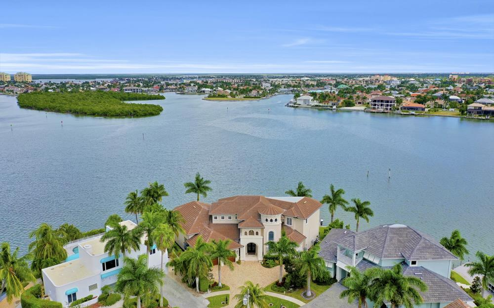 495 Maunder Ct, Marco Island - Luxury Home For Sale 90723938