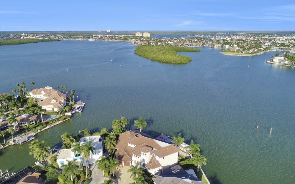 495 Maunder Ct, Marco Island - Luxury Home For Sale 859352711