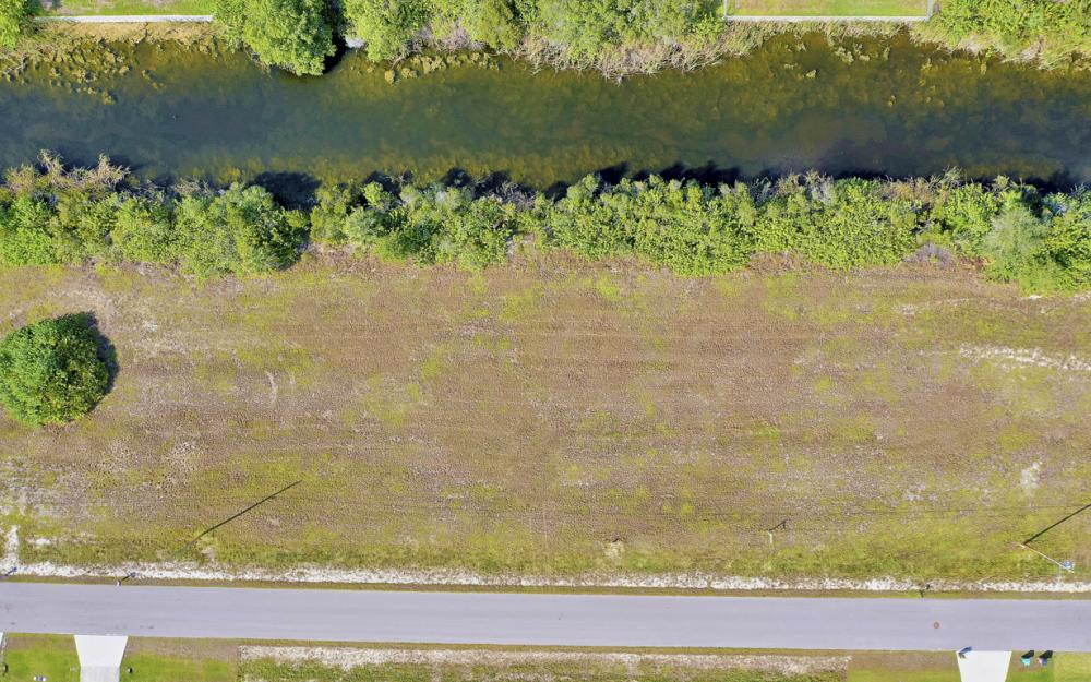 1435 SW 1st Ter, Cape Coral - Lot For Sale 1047509155
