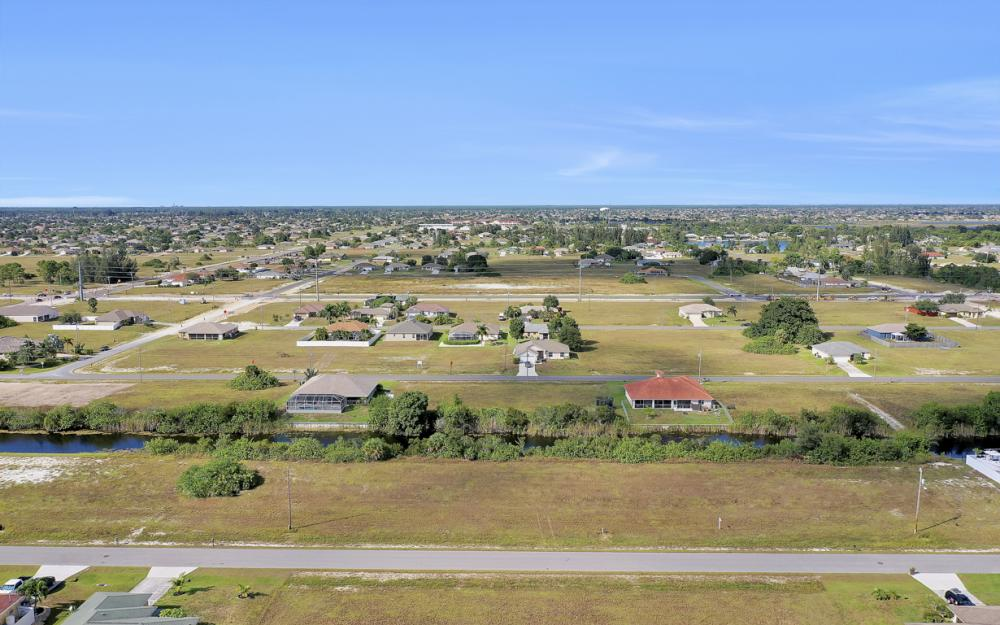 1435 SW 1st Ter, Cape Coral - Lot For Sale 1750307526