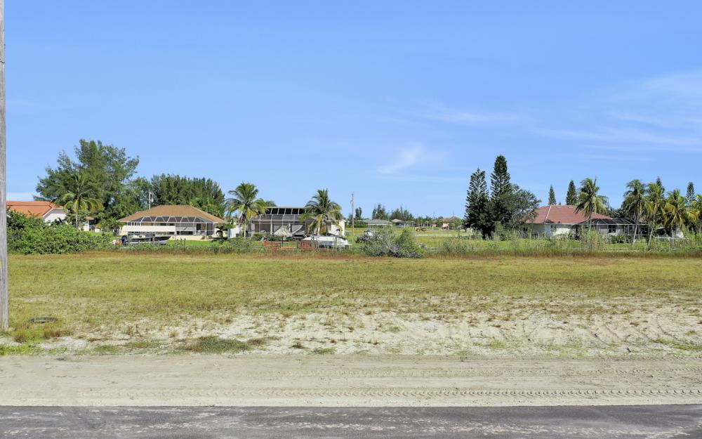 235 NW 38th Ave, Cape Coral - Lot For Sale 1041165554