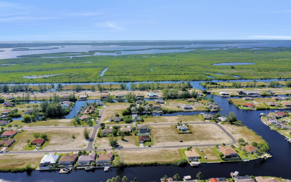 231 NW 38th Ave, Cape Coral - Lot For Sale 404817701