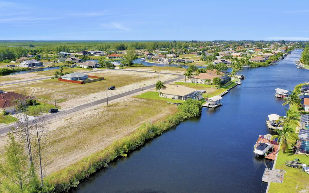 231 NW 38th Ave, Cape Coral - Lot For Sale 1051112044