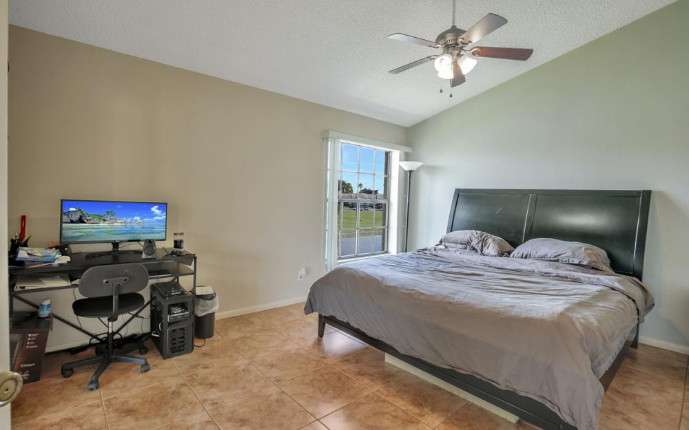 17270 Eagle Trace #7, Fort Myers - Condo For Sale 82266901