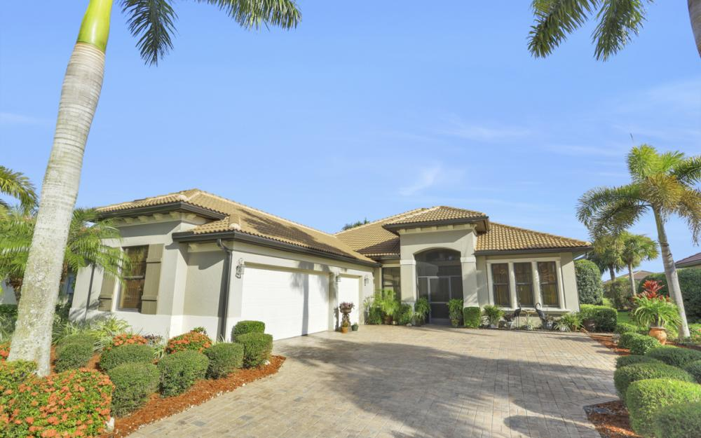 12531 Astor Pl, Fort Myers - Home For Sale 1029278577