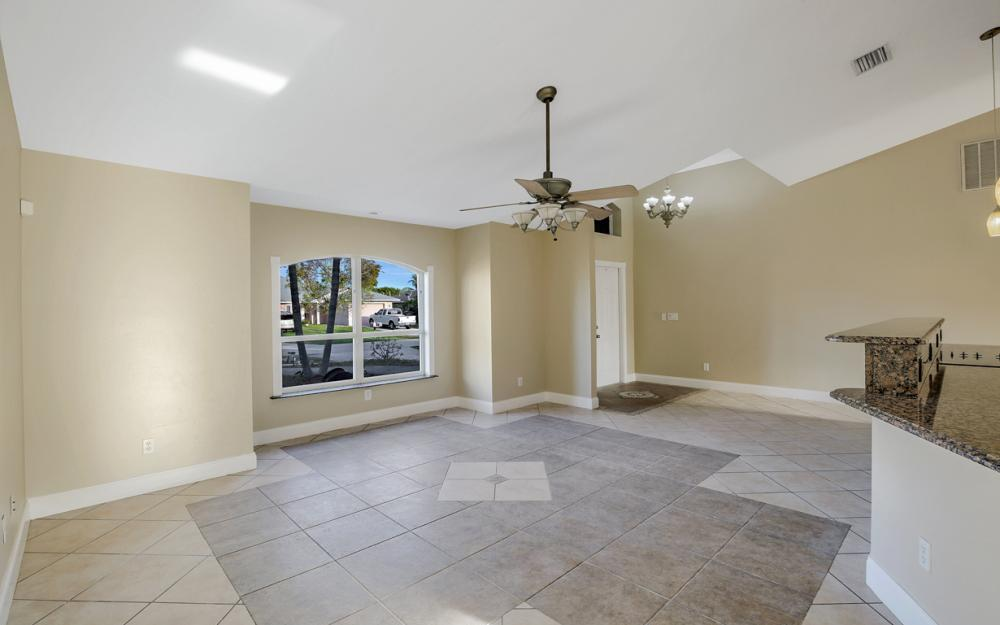 26 SE 23rd Pl, Cape Coral - Home For Sale 422546902