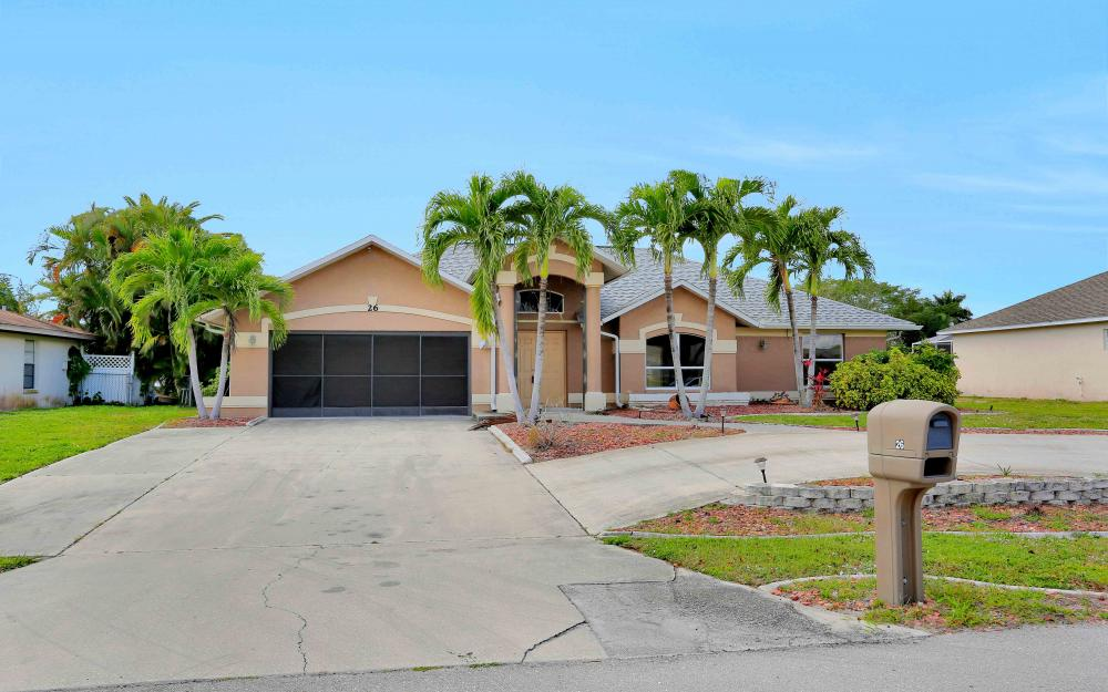 26 SE 23rd Pl, Cape Coral - Home For Sale 1219701400