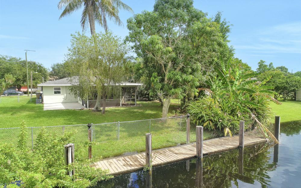 2129 St Croix Ave, Fort Myers - Home For Sale 1468288538