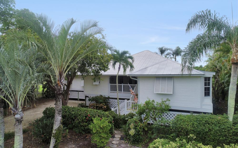 1589 Sand Castle Rd, Sanibel - Home For Sale 175560442