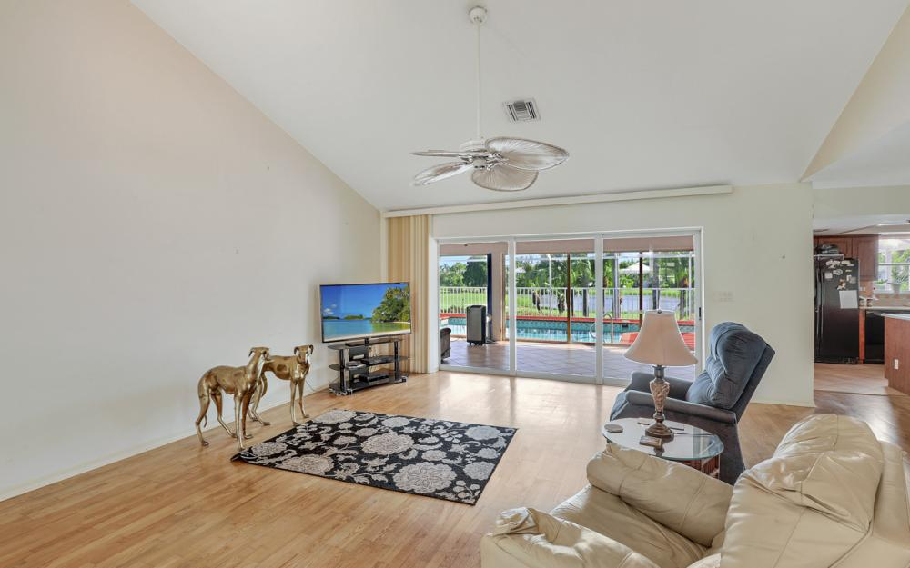 1589 Sand Castle Rd, Sanibel - Home For Sale 1331935409