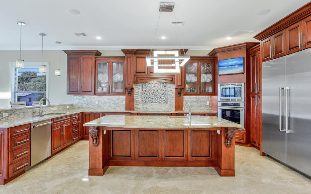 140 SW 58th St, Cape Coral - Luxury Home For Sale 137069357