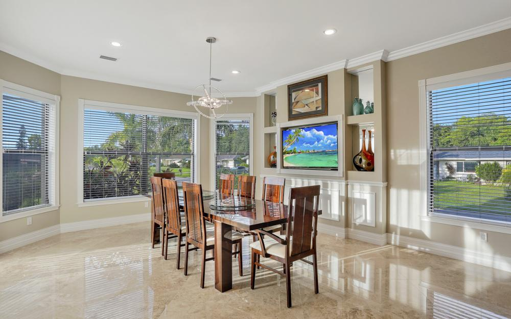 140 SW 58th St, Cape Coral - Luxury Home For Sale 942336813