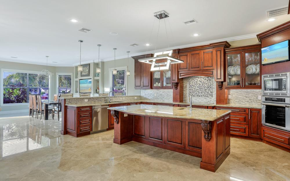 140 SW 58th St, Cape Coral - Luxury Home For Sale 1355158465
