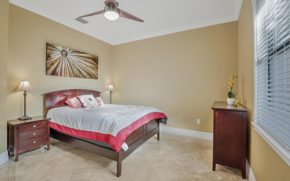 140 SW 58th St, Cape Coral - Luxury Home For Sale 1030440960
