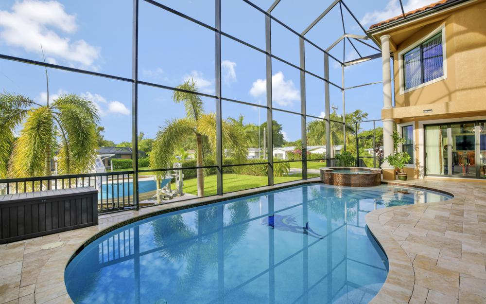 140 SW 58th St, Cape Coral - Luxury Home For Sale 1348231674