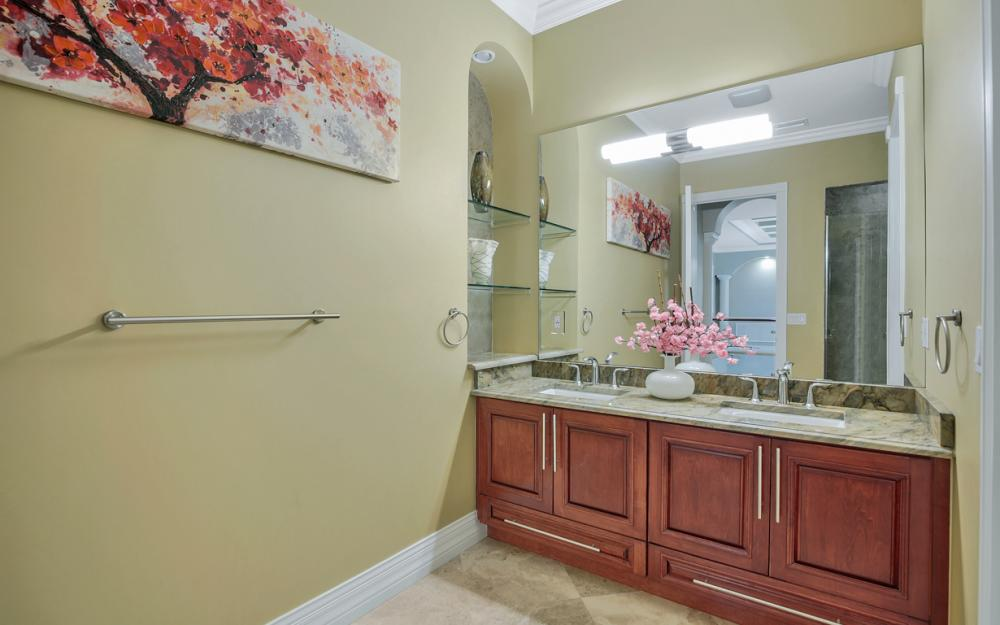 140 SW 58th St, Cape Coral - Luxury Home For Sale 1161633496