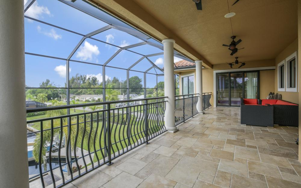 140 SW 58th St, Cape Coral - Luxury Home For Sale 1673756757