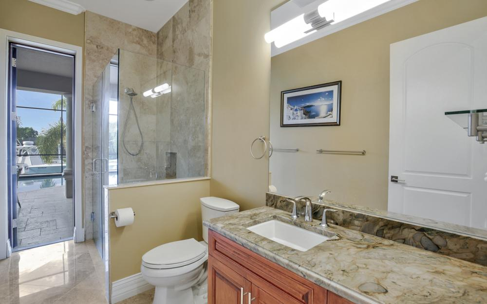 140 SW 58th St, Cape Coral - Luxury Home For Sale 260792142