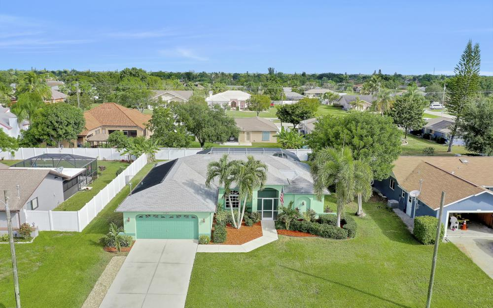 2007 SE 9th Ter, Cape Coral - Home For Sale 534070490