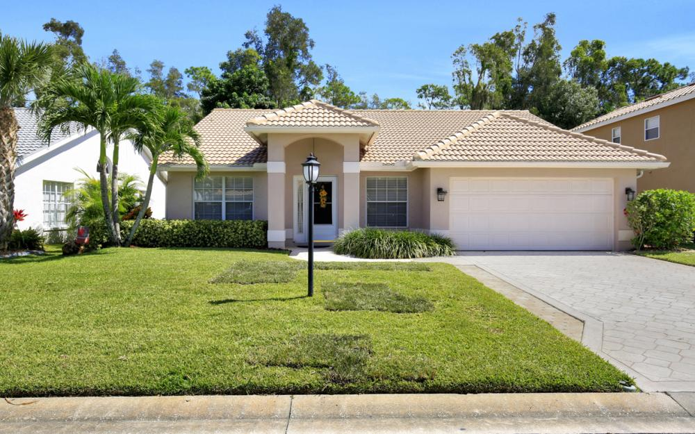 13589 Cherry Tree Ct, Ft Myers - Home For Sale 829066176
