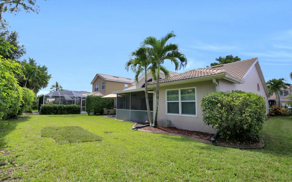 13589 Cherry Tree Ct, Ft Myers - Home For Sale 1093383547