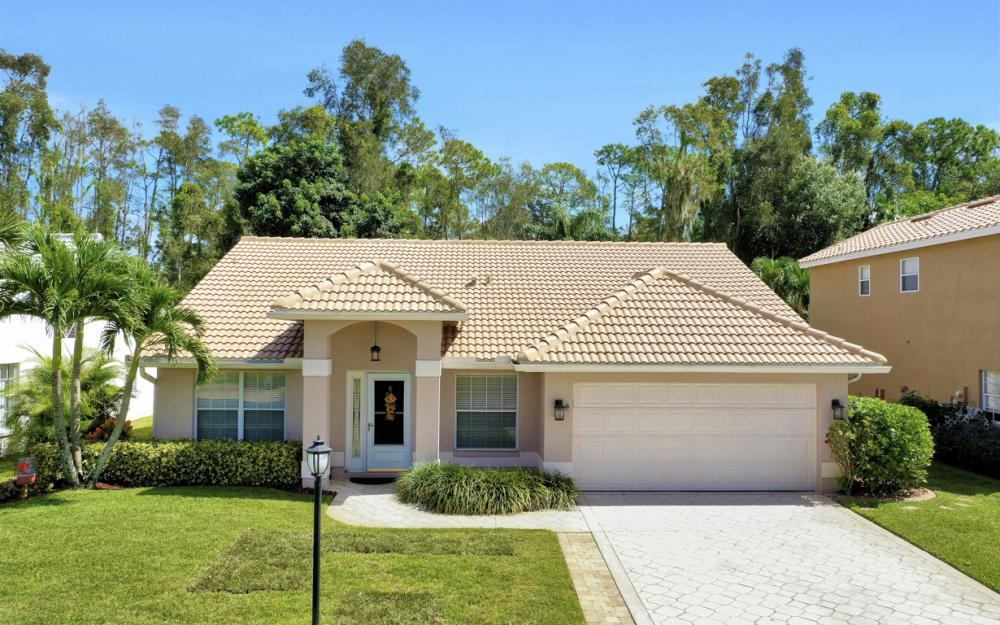13589 Cherry Tree Ct, Ft Myers - Home For Sale 952836792