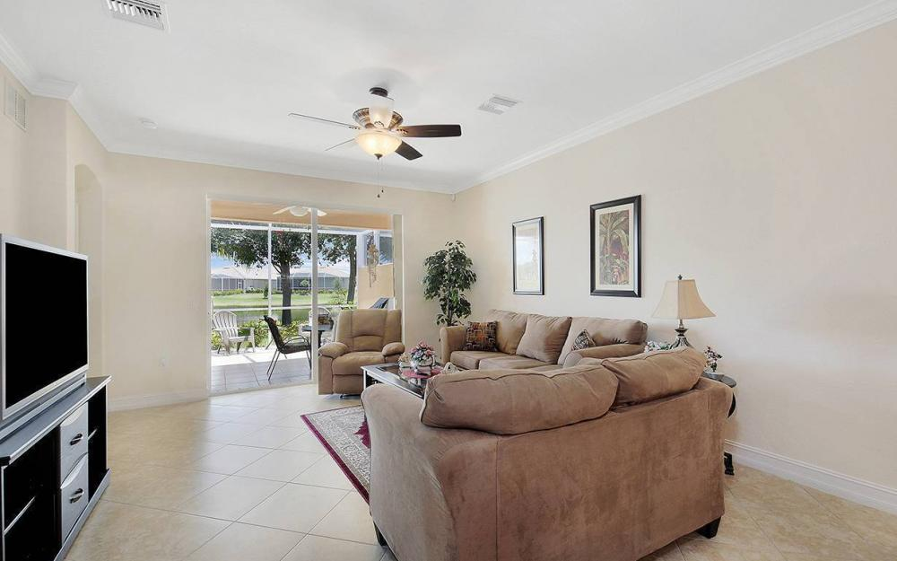 14342 Manchester Dr, Naples - House For Sale 997255883