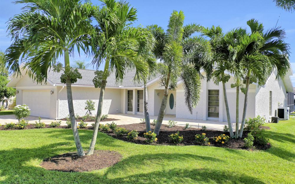 5337 SW 11th Pl Cape Coral - Home For Sale 1928442339