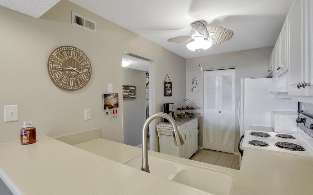 601 Seaview Ct #C-503, Marco Island - Vacation Rental 1324527634