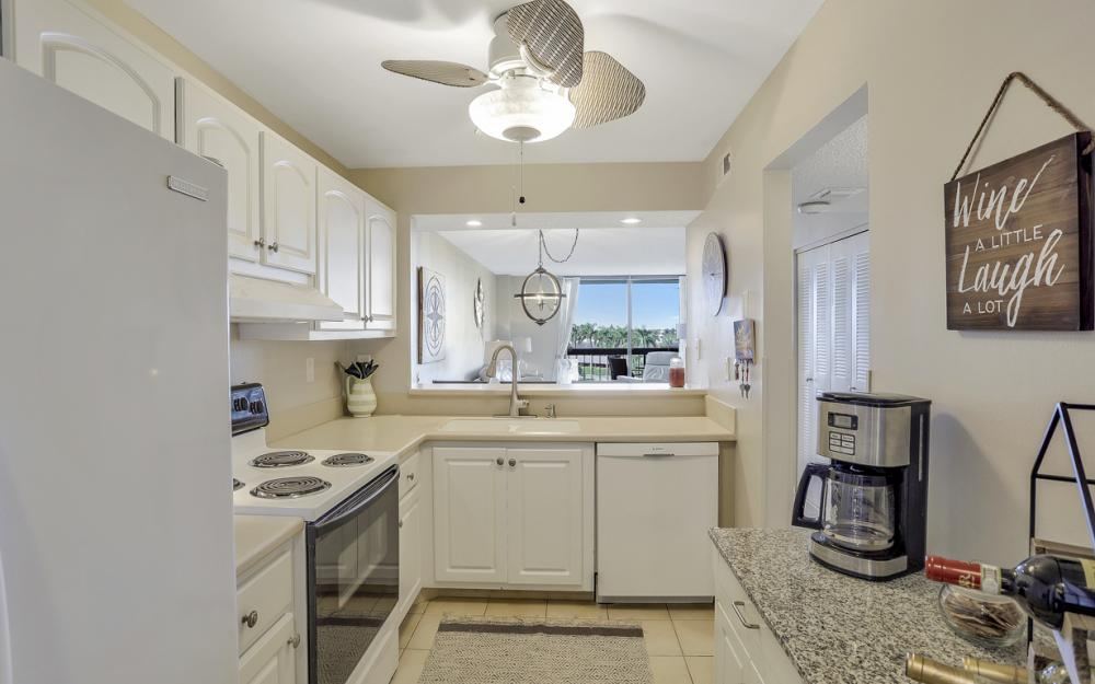 601 Seaview Ct #C-503, Marco Island - Vacation Rental 1444517632