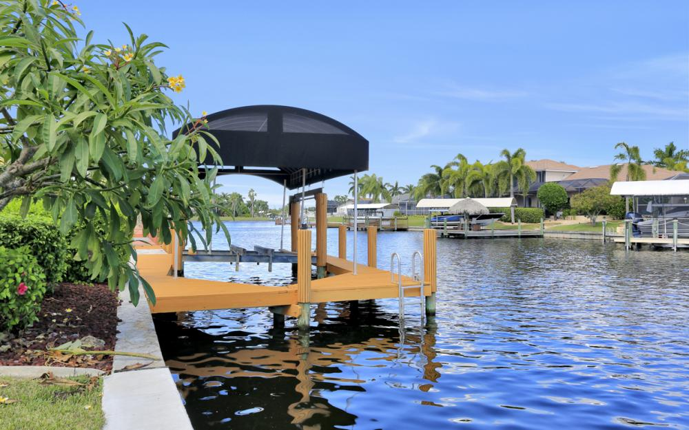 4611 SW 25th Pl, Cape Coral - Home For Sale 1028112400